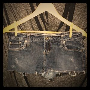 Vintage Short Stretch Frayed Cut Off Jean Shorts